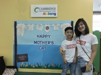 """Twinning Mother's Day"" at Cambridge Alabang"