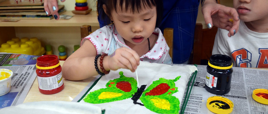 programmes-preschool-painting