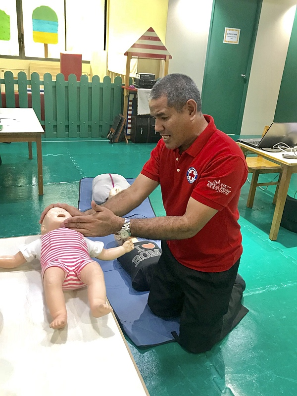 First Aid Training demonstration