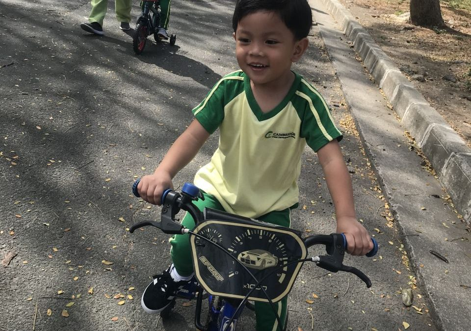 Junior Nursery kids go biking!