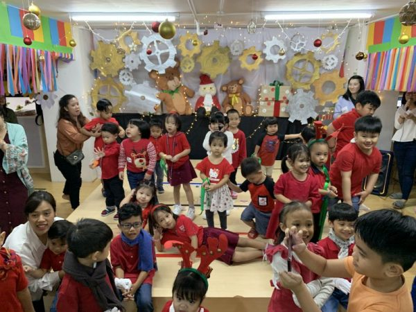 Cambridge Legaspi Christmas Party 2019 website article PIC 6