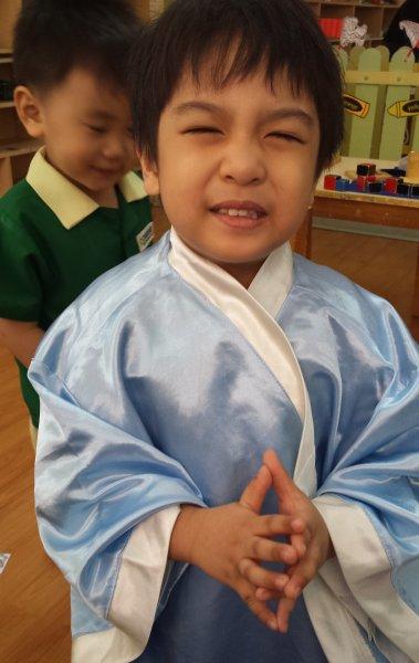 people-of-japan-activity-sumo-wrestler-samurai-and-geisha2