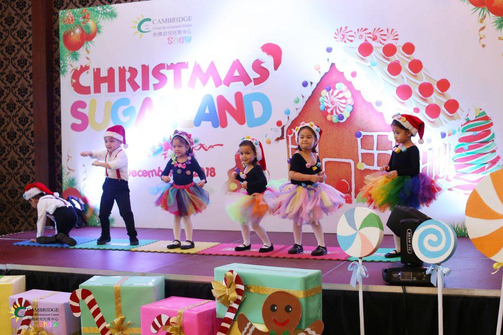Christmas_Sugarland_05