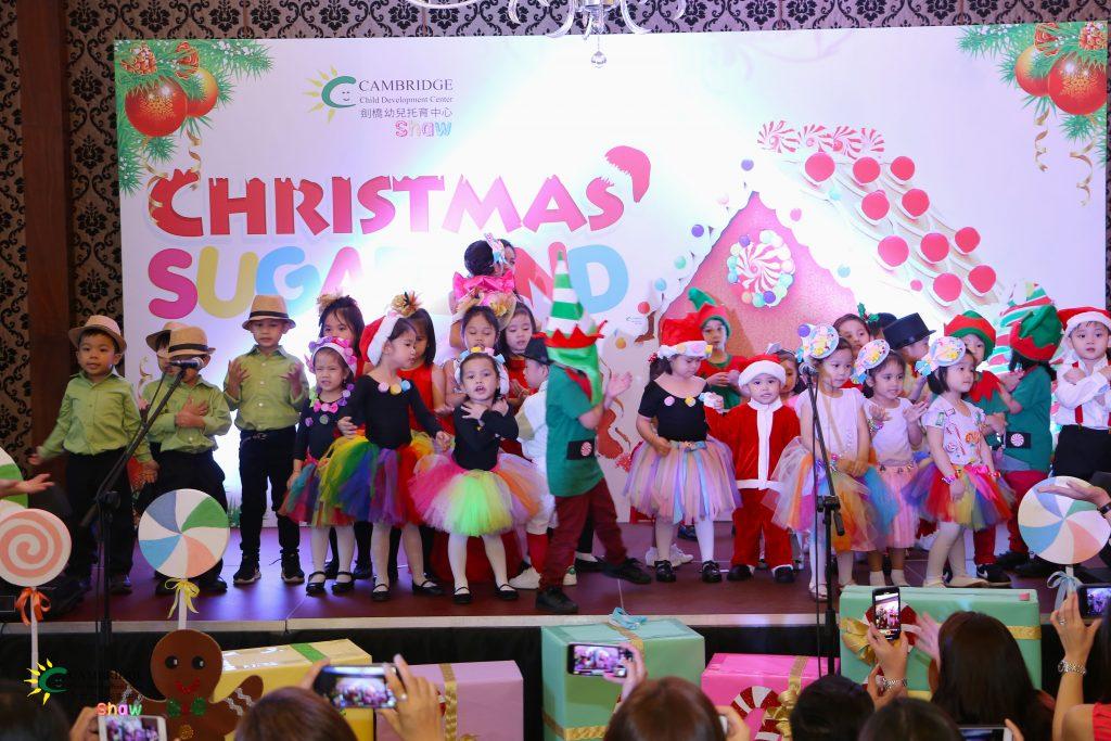 Christmas_Sugarland_08