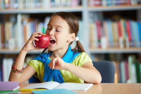 Before Starting Preschool image 2 - Eating Packed Snacks